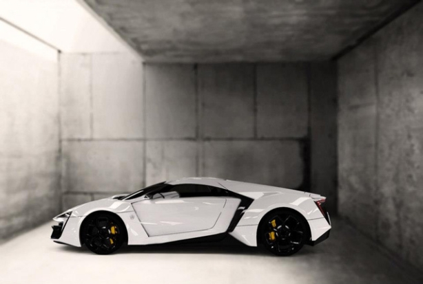 w-motors-hypersport-2