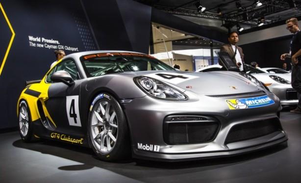 Porsche Cayman GT4 Front