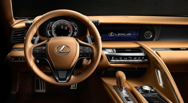 16-Lexus-FCV-LC-2000x1100-LEX-LC5-CY16-0013