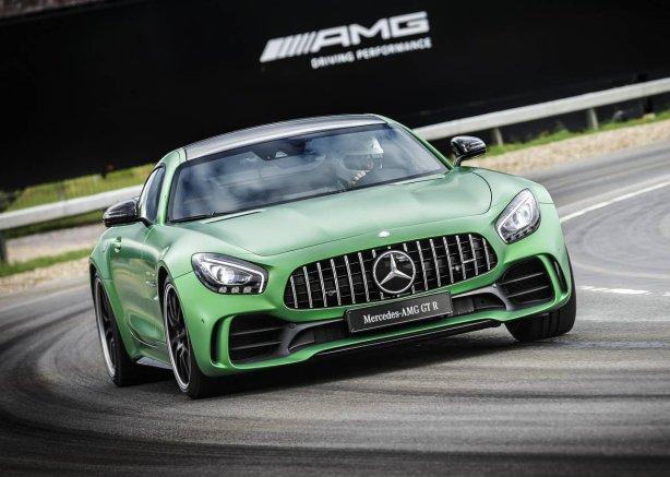 Mercedes-AMG-GT-R-112-e1466843654861